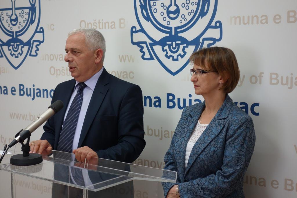 Visite de l ambassadeur dans le sud serbie 29 et 30 juin for Chambre de commerce franco haitienne
