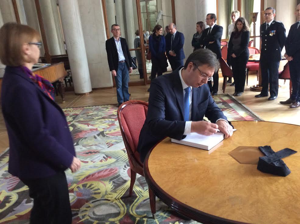 T moignages de solidarit de serbie la france en serbie for Chambre de commerce franco serbe